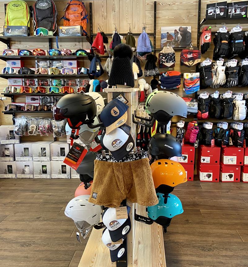 Boutique Adrénaline Accessoires équipements Vêtements Ski Métabief Mont d'Or